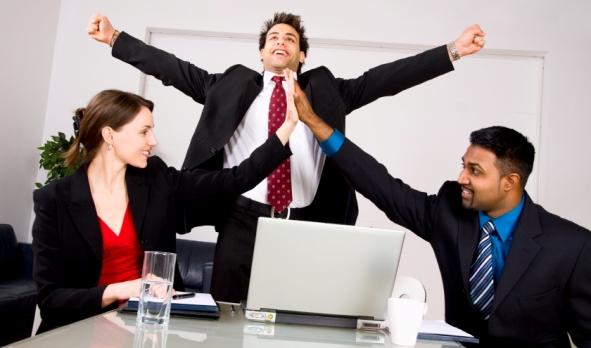 Cách khích lệ tinh thần nhân viên